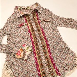 Gimmicks by BKE patterned button down